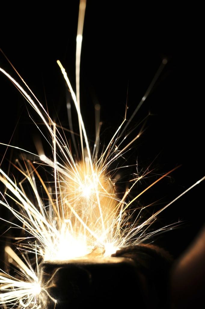 sparks-195834_1280