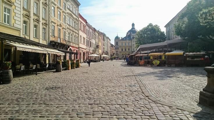 Lviv grande place.JPG